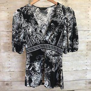 BCBGMaxAzria Black & White Floral Dress Blouse